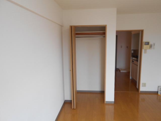 サンパティーク 4D号室の収納