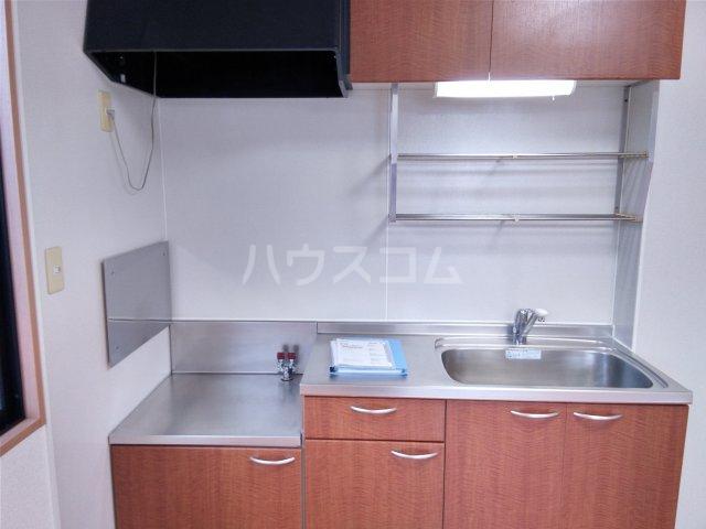 メゾンクレール 202号室のキッチン