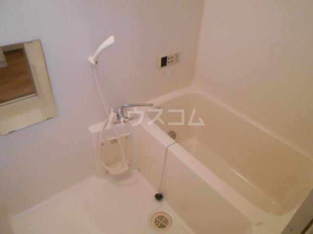 マ・メゾン小牧原 南館 103号室の風呂