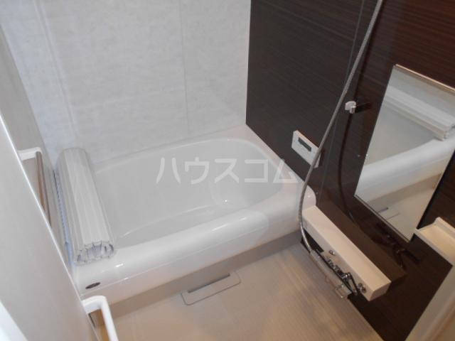 Clair Four 106号室の風呂