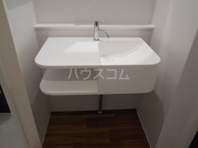 Clair Four 106号室の洗面所