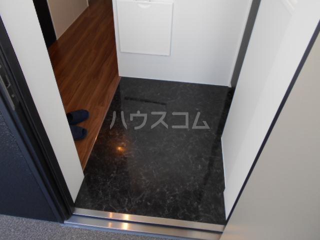 Clair Four 106号室の玄関
