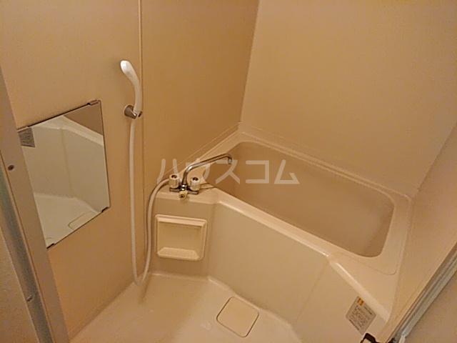 セラヴィ宮野木 202号室の風呂