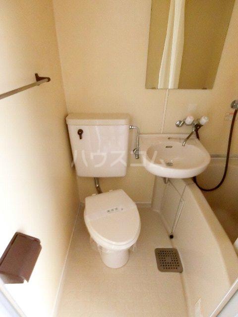 メゾン・ド・祇園 808号室のトイレ