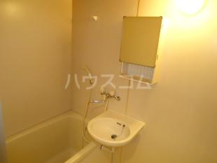 ジュネス博多 904号室の風呂
