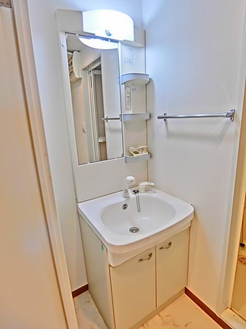 ラファセ九大病院前 603号室の洗面所