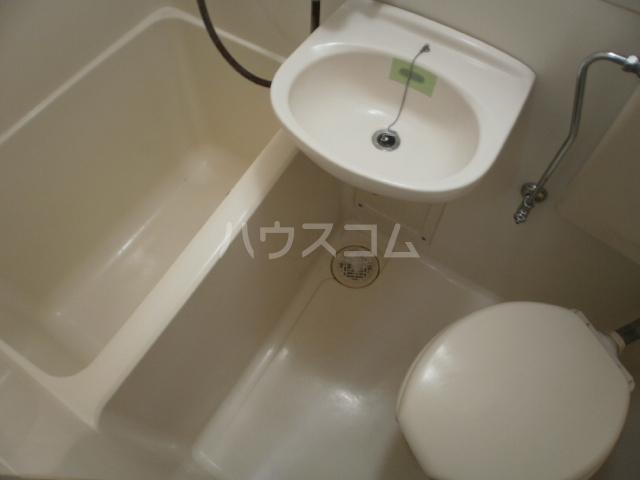 ロフティー大久保 202号室の風呂