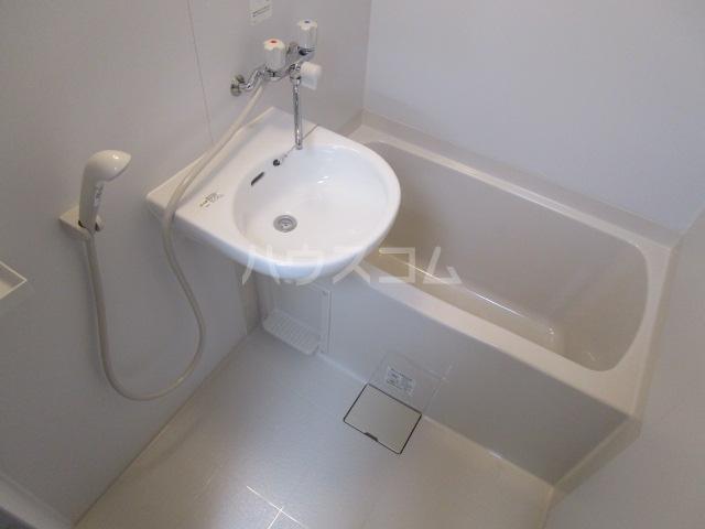 第3小柳コーポ 107号室の風呂