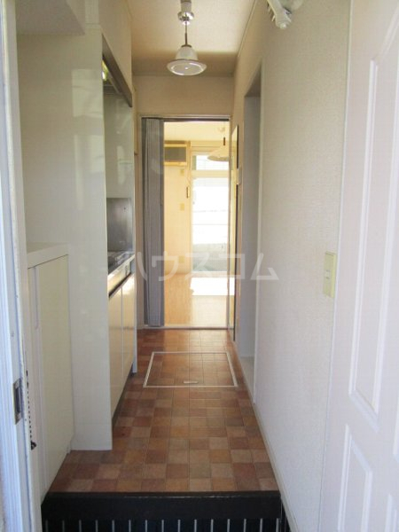 ラフォーネ国分寺 103号室の玄関