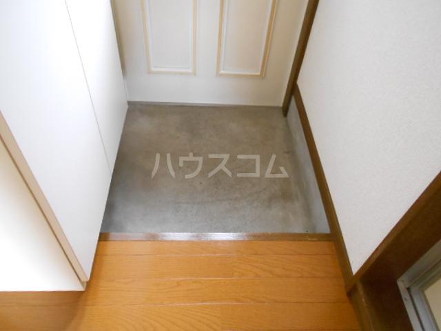 サンマーシュ府中 106号室の玄関