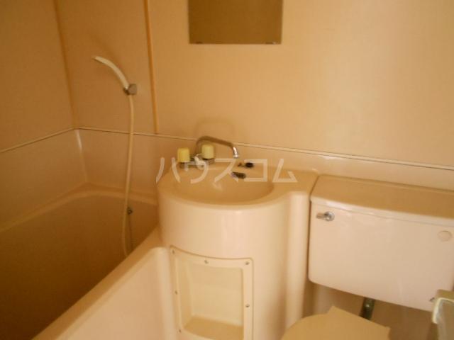 サンマーシュ府中 106号室の風呂