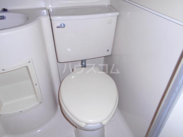 サンマーシュ府中 106号室のトイレ