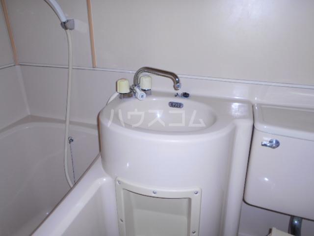 サンマーシュ府中 106号室の洗面所