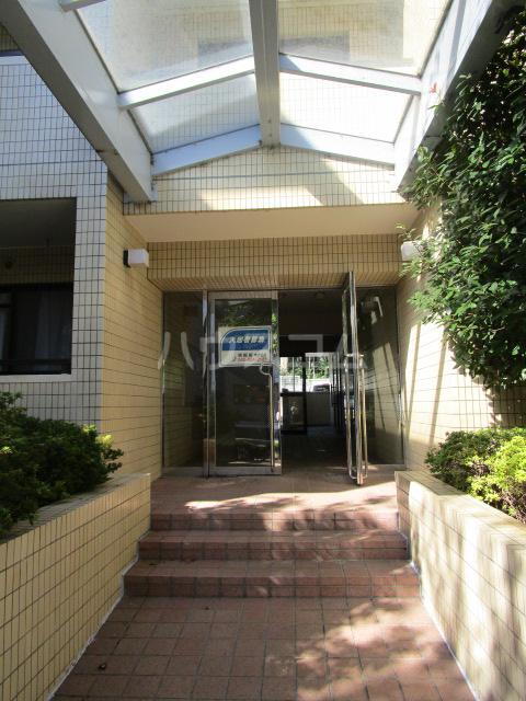 サンモール恋ヶ窪 102号室のエントランス