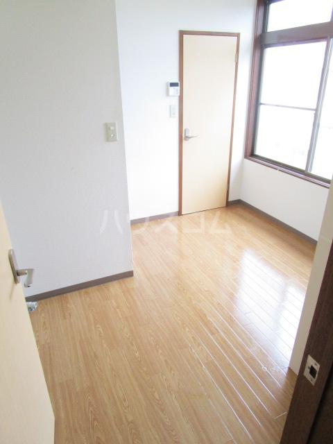 足立ハウス 2F号室のキッチン