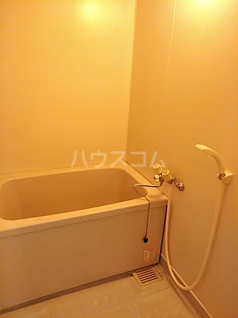 アビタシオン1棟 406号室の風呂