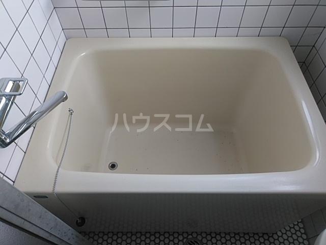 サンハイツ五才美 301号室の風呂