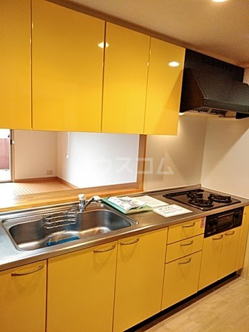 レジデンス松原 102号室のキッチン