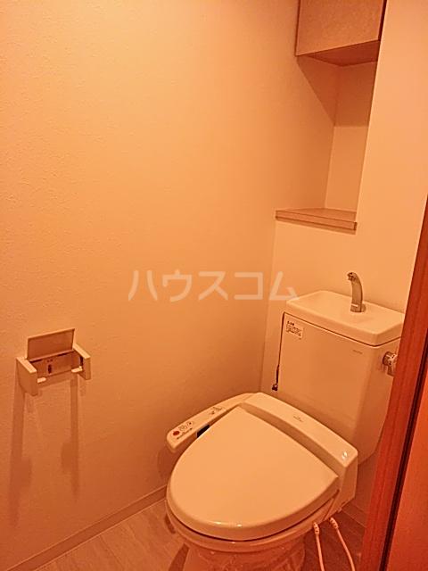 レジデンス松原 102号室のトイレ