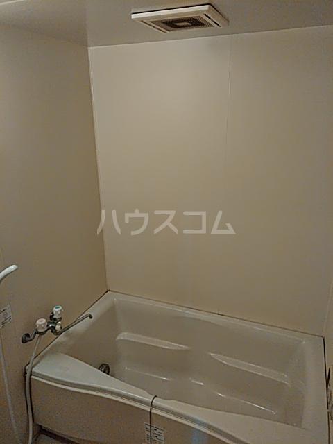 アルシエーロ城西 201号室の風呂