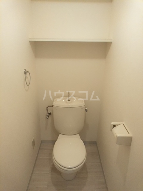 ジュネス庄内緑地 407号室のトイレ