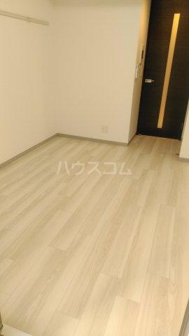 エステムコート名古屋ステーションクロス 1304号室のリビング