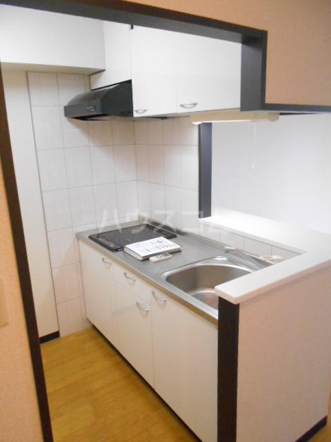 Seven Four 402号室のキッチン