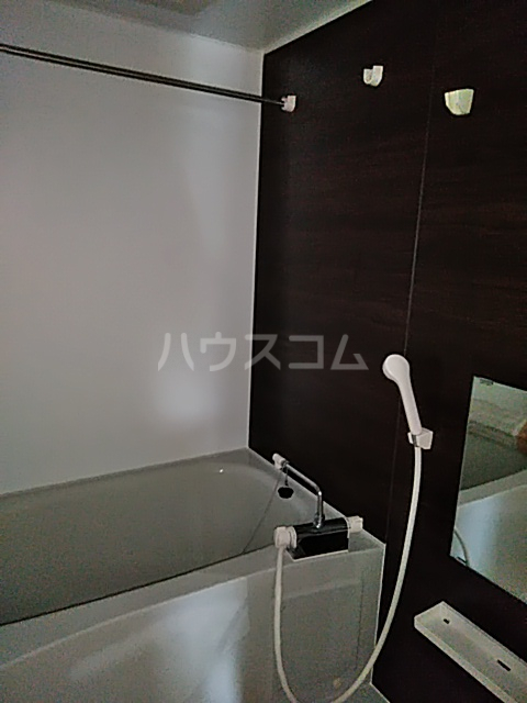 エクセルコート上草柳 101号室の風呂