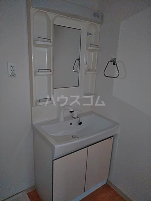 エクセルコート上草柳 101号室の洗面所