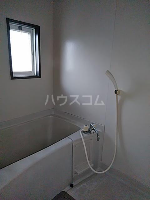 レスタチオン壱番館 102号室の風呂