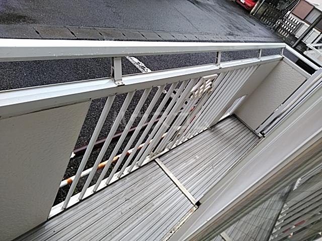 レスタチオン壱番館 102号室のバルコニー