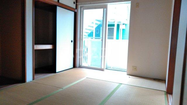 マリンコート7番館 105号室の居室