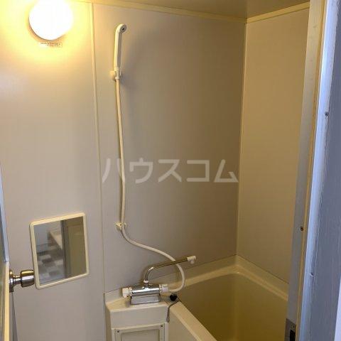 緑園都市リルターラックスマンション壱番館 303号室の風呂