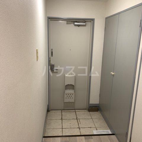 緑園都市リルターラックスマンション壱番館 303号室の玄関