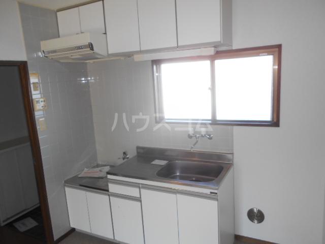 グランベールヨシミ 202号室のキッチン