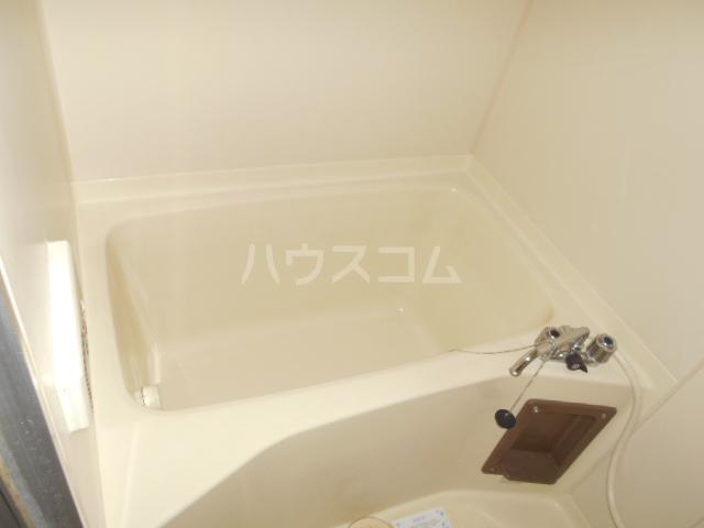 グランベールヨシミ 202号室の風呂