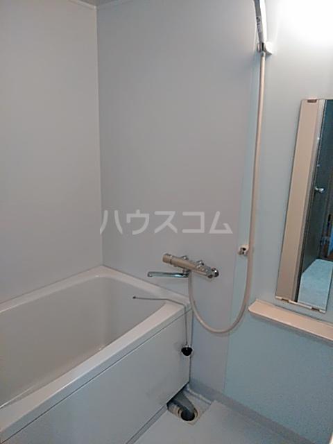 グランプラス 206号室の風呂
