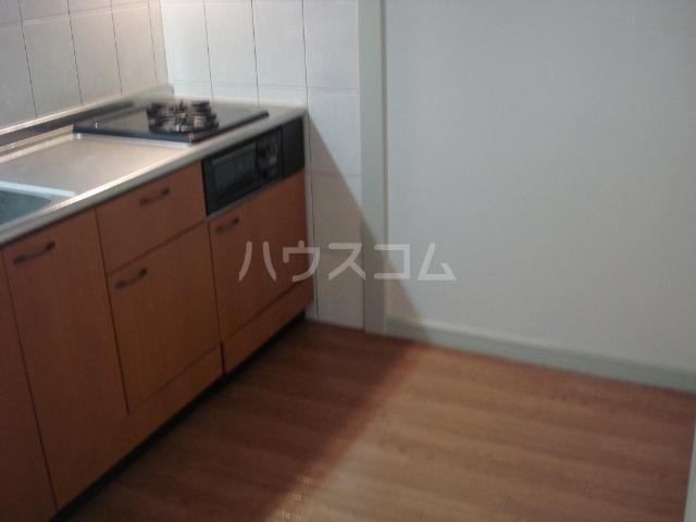 ラフォーレ 105号室のキッチン
