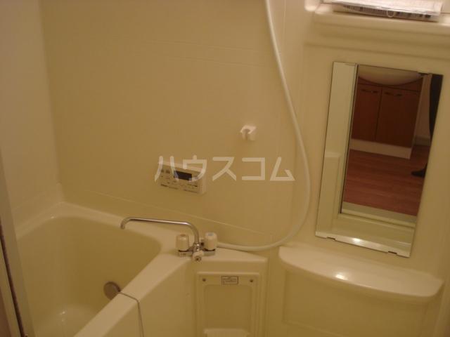 ラフォーレ 105号室の風呂