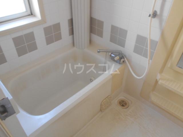 メゾン山手台Aの風呂
