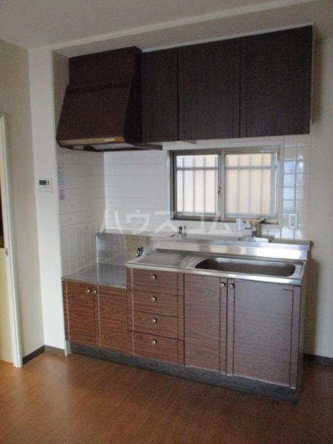 プレテラス緑園 204号室のキッチン