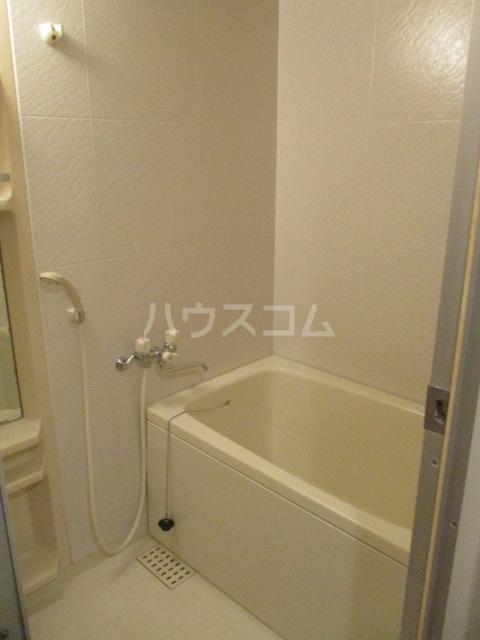 プレテラス緑園 204号室の風呂
