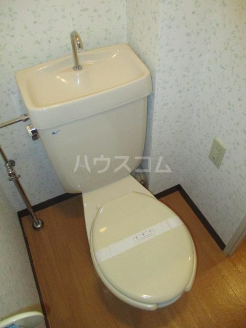 プレテラス緑園 204号室のトイレ