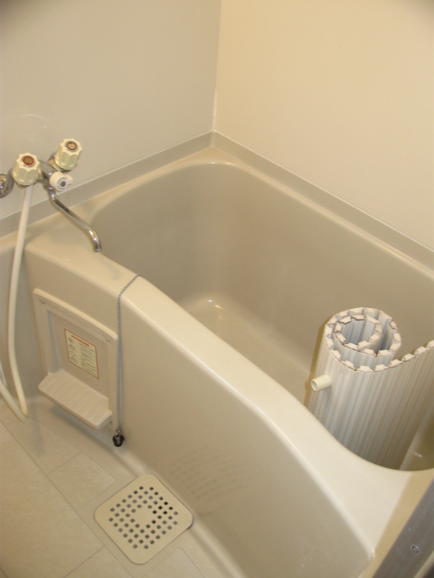 ウイングライフ B101号室の風呂