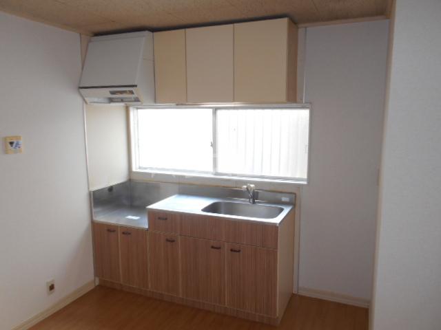 オプティハイツA 101号室のキッチン