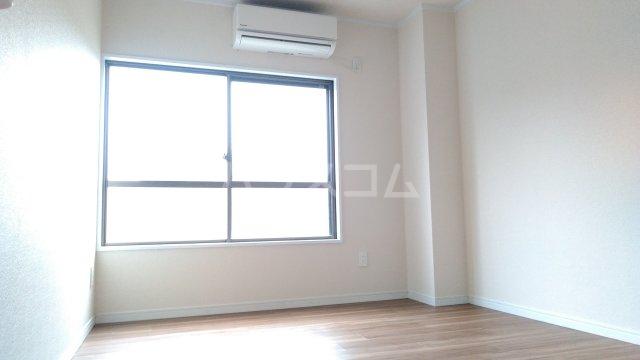 タイヨービル 101号室のベッドルーム