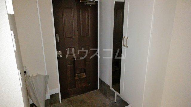 タイヨービル 101号室の玄関