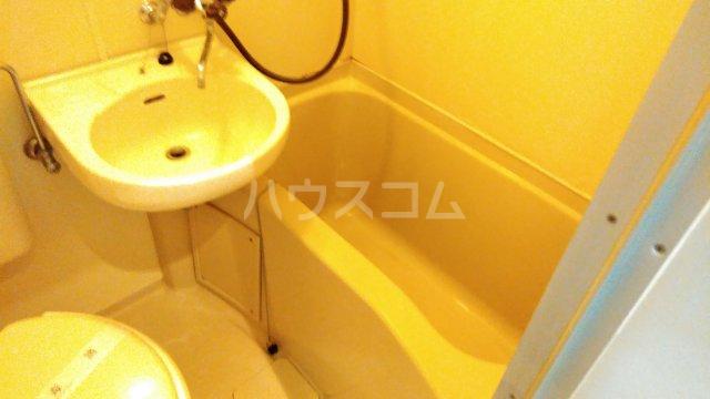 サザンステージ四季美台 108号室の風呂