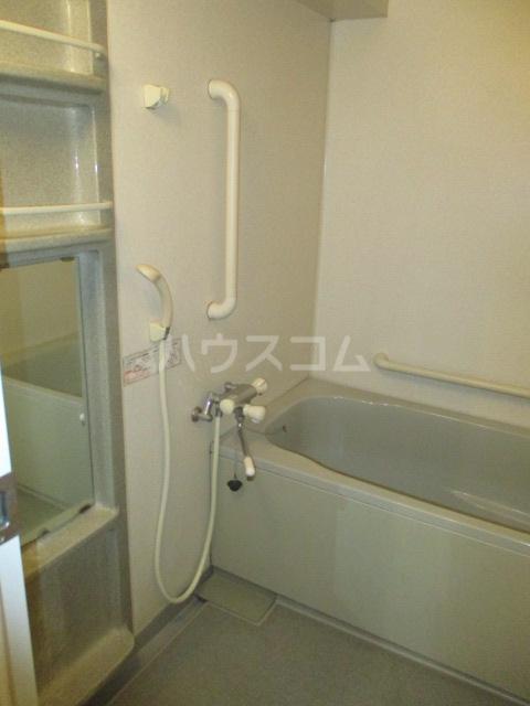緑園都市プレーヌ 306号室の風呂