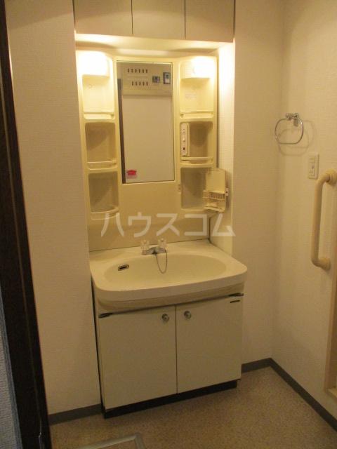 緑園都市プレーヌ 306号室の洗面所